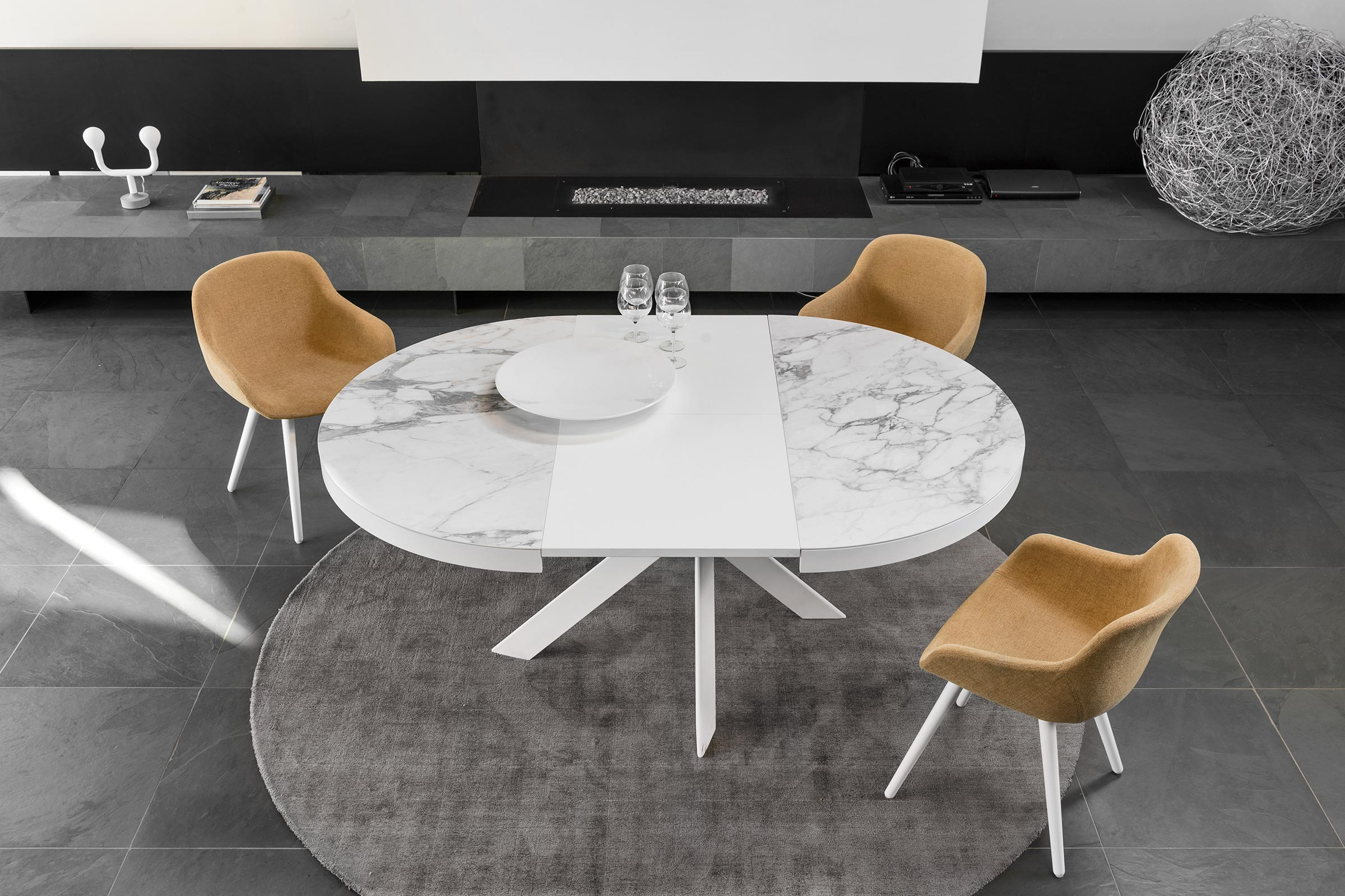 Picture of: Tivoli Round Extendable Dining Table Calligaris Toronto