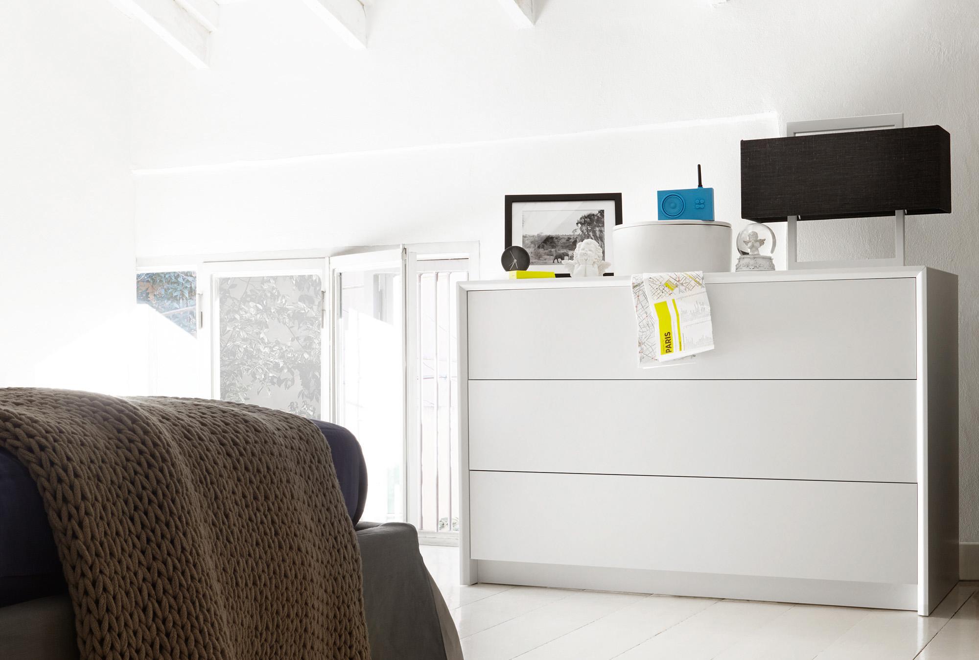 Trending Minimalist Bedroom Dresser - Home Design #1074