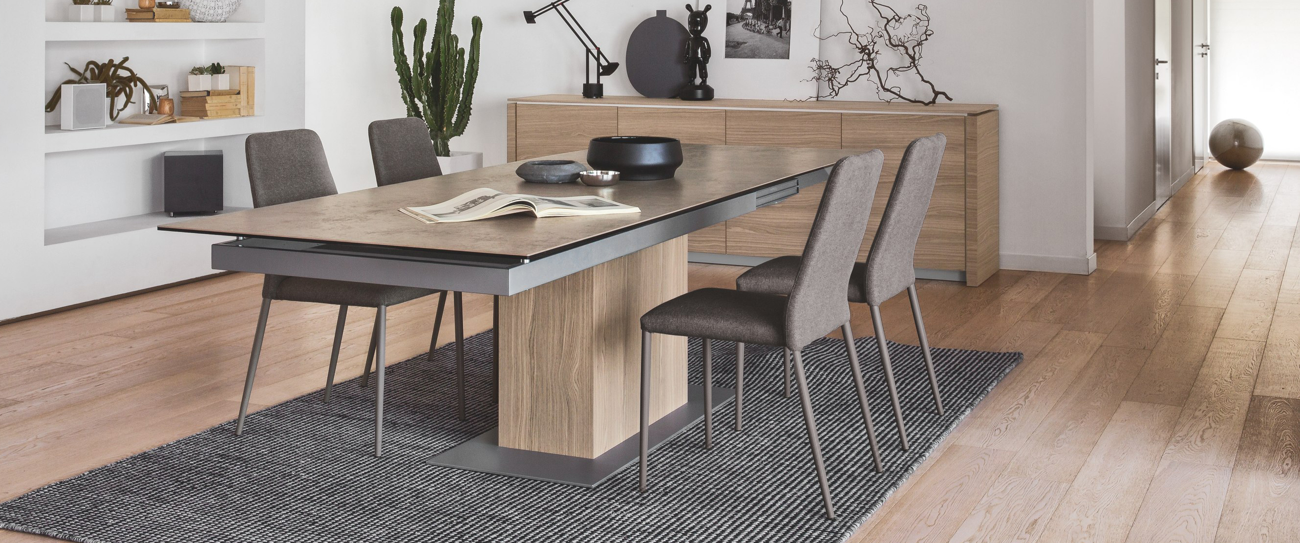 Calligaris sincro extra long modern extendable dining for Long contemporary dining tables