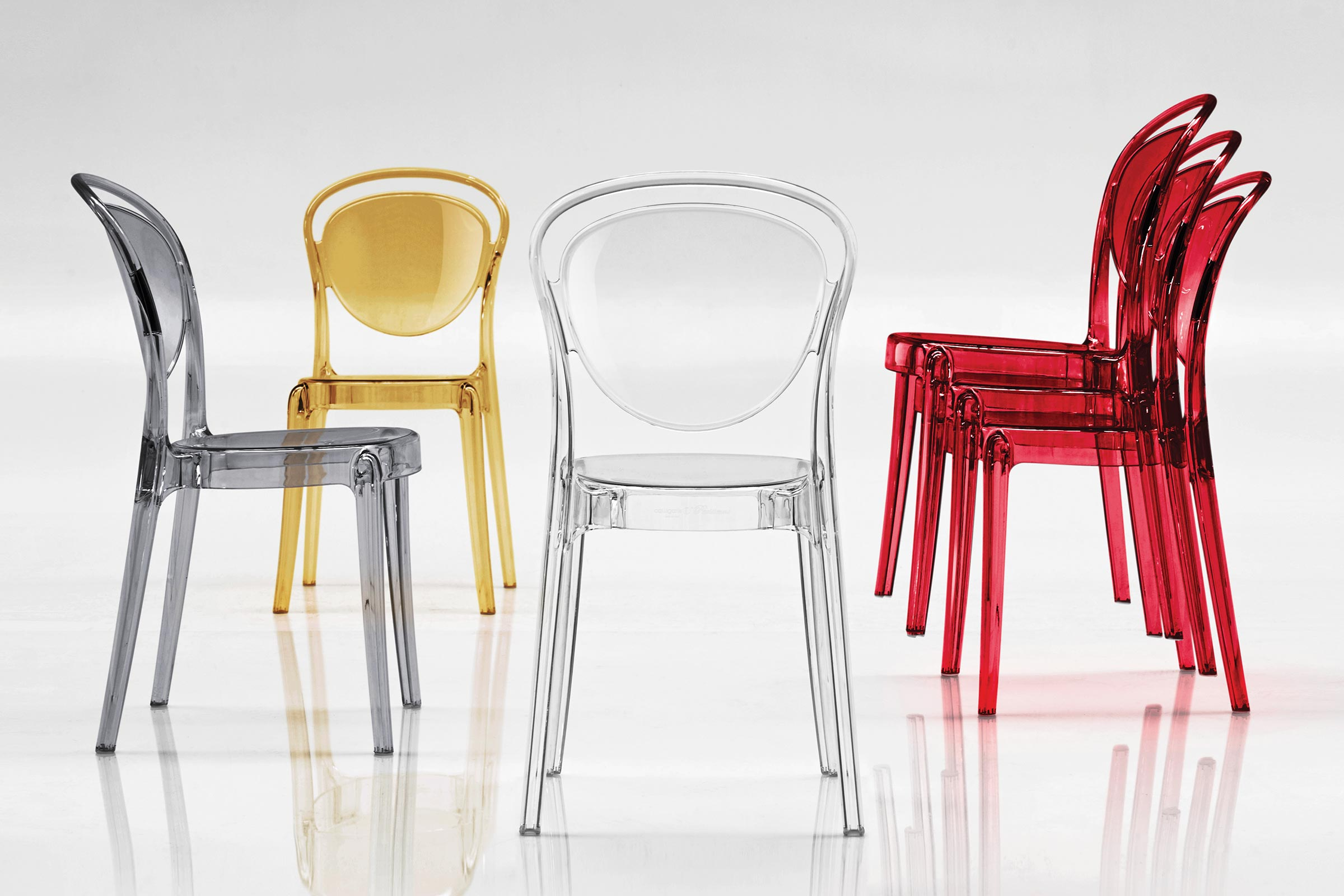 Parisienne translucent polycarbonate chair calligaris for Sedie colorate