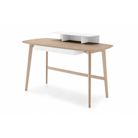 Match Desk: Scandinavian Design Wooden Desk